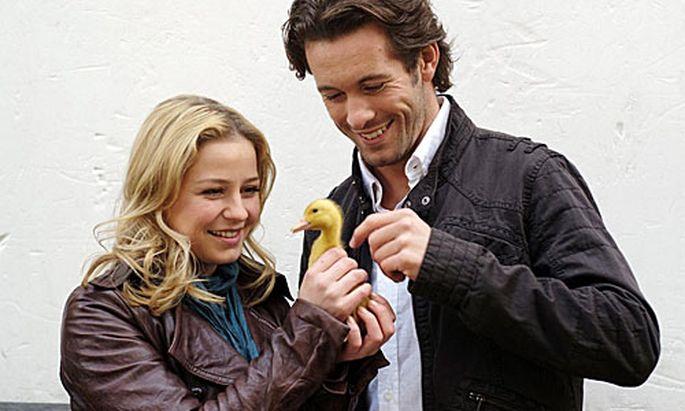 Theresa Scholze (Alisa Lenz) und Jan Hartmann (Christian Castellhoff)