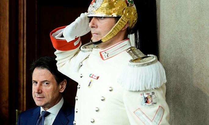 Salut für Giuseppe Conte. In der Regierungskrise hat sich der Premier fast allseits Respekt erworben.