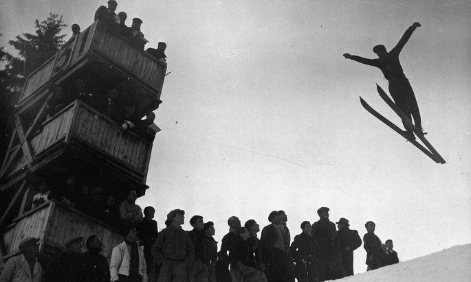 Die Faszination des Fliegens, der Österreicher Herald Reinl demonstrierte sie eindrucksvoll.