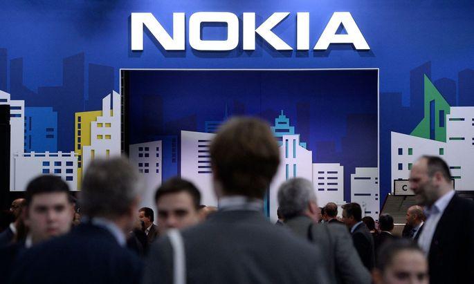 Nokia gerät schon wieder ins Hintertreffen – nun muss für die Zukunft gespart werden.