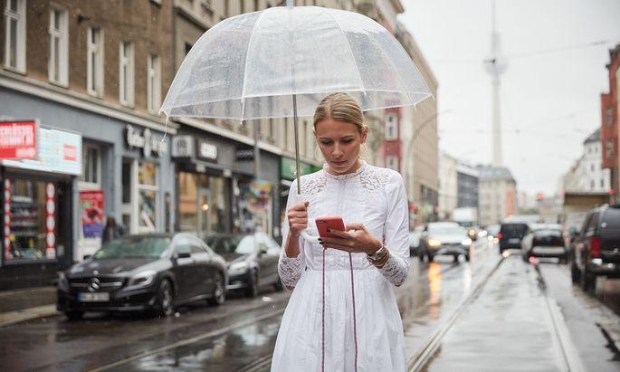 Nena Schink schrieb ein Buch über ihre Instagram-Sucht und den Weg hinaus.
