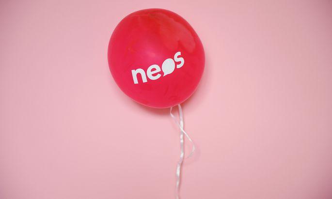 Bisher haben die Neos in diesem Jahr etwas mehr als eine Million Euro durch Crowdfunding und Spenden eingenommen.