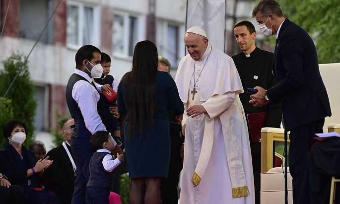 Pope Francis meets local Roma minority at biggest Slovak Roma housing estate Lunik IX in Kosice today, on Tuesday, Sept