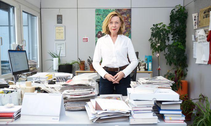 """Conny Bischofberger an ihrem """"Krone""""-Arbeitsplatz."""