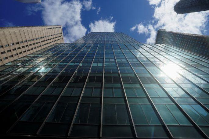 In diesem Gebäude, in der 888 7th Ave. der New York City, soll sich Hwangs Hedgefonds befinden.