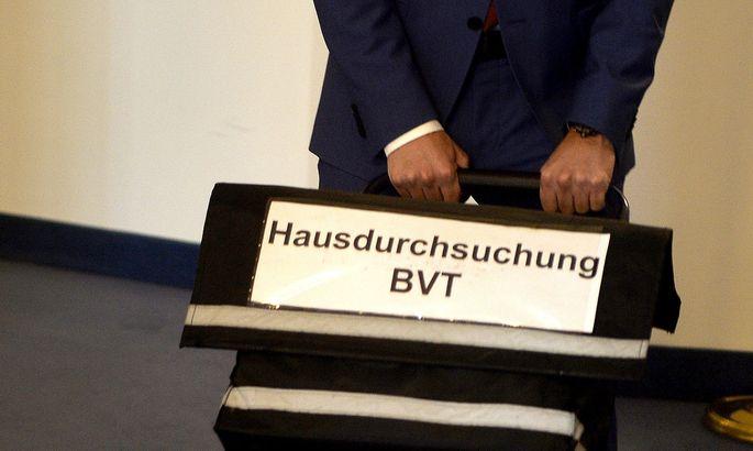 War auch Gegenstand eines parlamentarischen U-Ausschusses: die BVT-Affäre. Doch die Verdachtsmomente, die zu der Razzia in BVT-Büros führten, ließen sich kaum erhärten.
