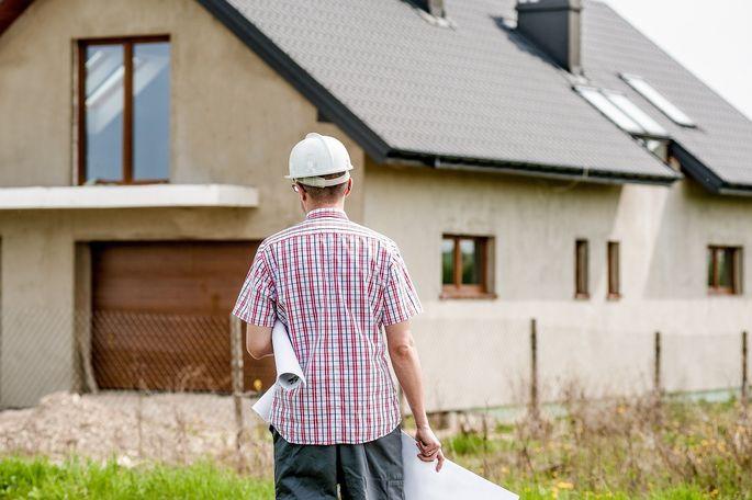 Ein Stück Land bleibt zwar Eigentum des Grundeigentümers, ein Bauberechtigter kann es jedoch bebauen.