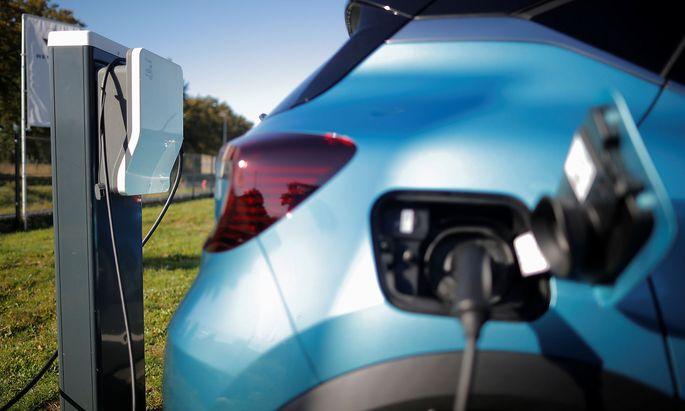 Symbolbild einer Ladestation für Elektroautos.