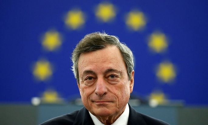 Italiens Regierungschef Mario Draghi will Milliarden an Soforthilfen an die Bevölkerung auszahlen.