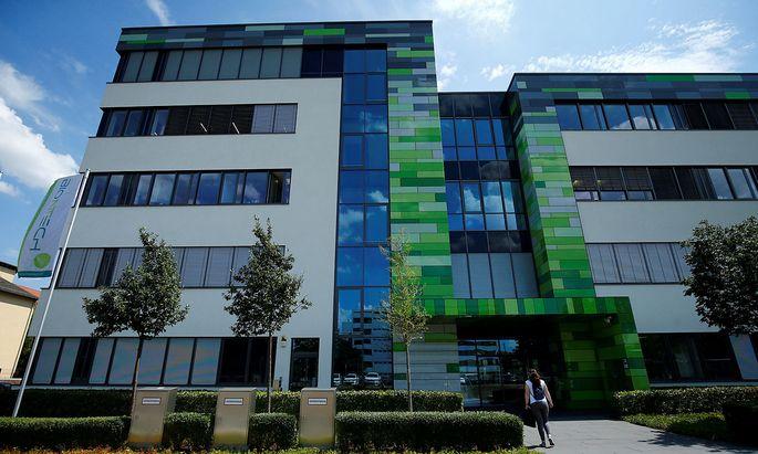 Das Biontech-Hauptquartier in Mainz. Gemeinsam mit dem US-Konzern Pfizer arbeitet man an einem möglichen Sars-CoV-2-Impfstoff.
