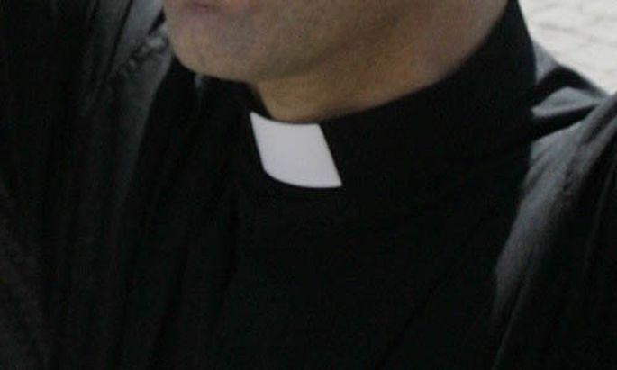 Papstbruder bdquoHabe selbst Ohrfeigen