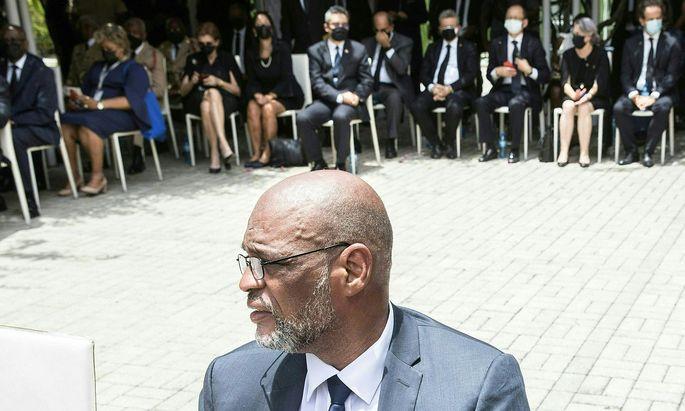 Archivbild von Interimspremierminister Ariel Henry bei einer Trauerfeier für den ermordeten Präsidenten Haitis, Jovenel Moïse .