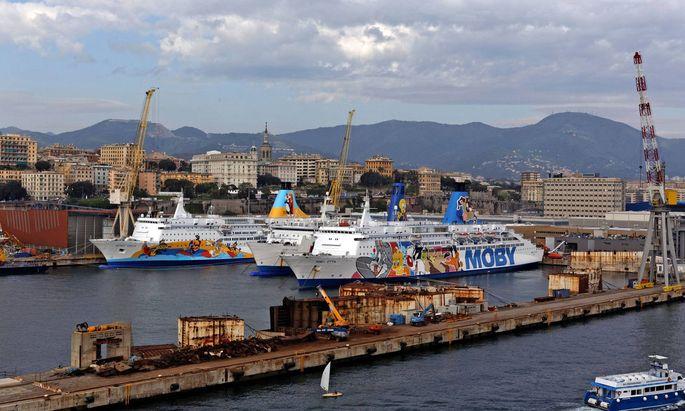 Symbolbild Hafen Genua.