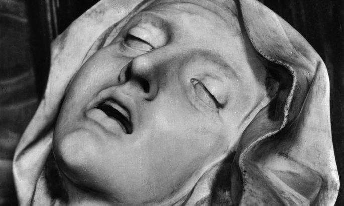 """Ein Detail der """"Verzückung der heiligen Teresa"""" von Bernini, in Santa Maria della Vittoria in Rom."""