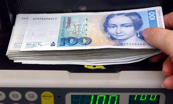 Bundesbank: D-Mark im Milliardenwert immer noch nicht in Euro umgetauscht