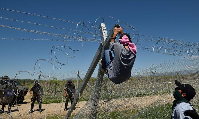 Personen, die illegal ins Land kamen, kann man sofort wieder des Landes verweisen.