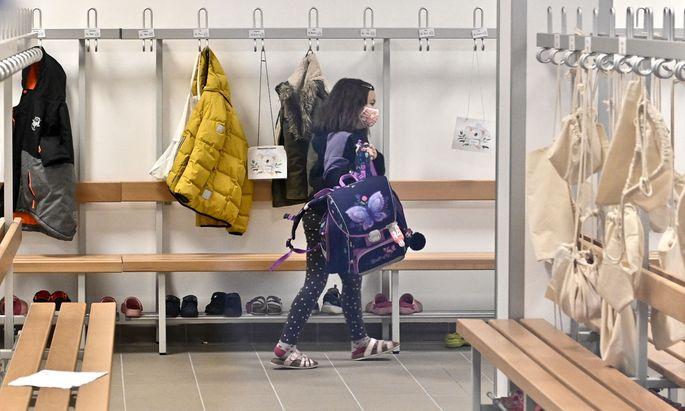 Längere Ferien oder Distance Learning? Die Frage des Schulbetriebs gilt als besonders heikel