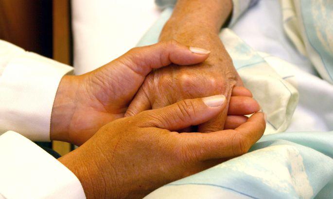 Österreich hat zwar viele Ärzte, aber viel zu wenig Pflegepersonal.