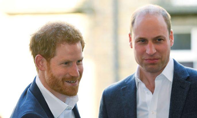 Archivbild: Die Stimmung zwischen den britischen Prinzen war schon besser.