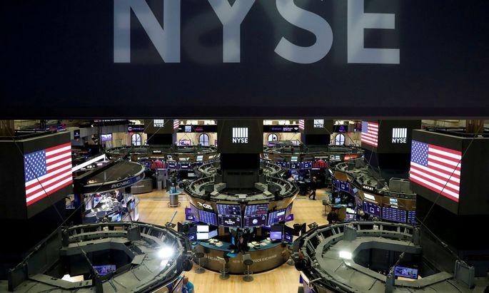 Großinvestoren haben sich im Schatten der Rekorde in den vergangenen Monaten eher defensiv positioniert.