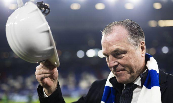 Gelsenkirchen, 19.12.2018 Aufsichtsratsvorsitzender Clemens Toennies (S04) wuerdigt das Ende der deutschen Steinkohle FC