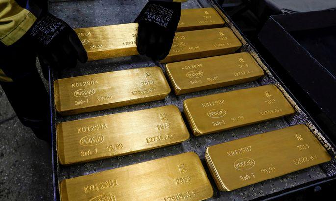 Der Goldpreis stieg über 1600 Dollar je Unze.