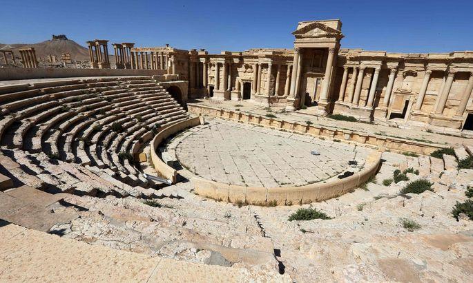 Archivbild des römischen Amphitheaters