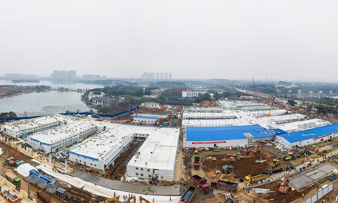 Das neue Huoshenshan-Krankenhaus in Wuhan - zehn Tage vom Spatenstich zur Eröffnung.