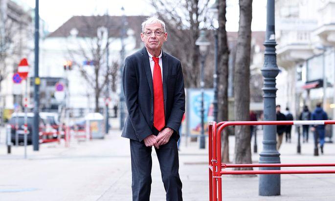 Hansjörg Hofer sagt, die Bedürfnisse seiner Klienten wurden lange ignoriert.