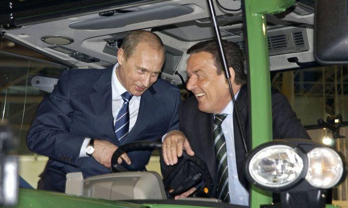 Gerhard Schröder und sein Freund Wladimir Putin