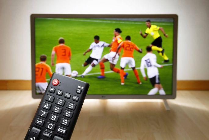 Die Fußball-Europameisterschaft kommt gerade im richtigen Moment daher.