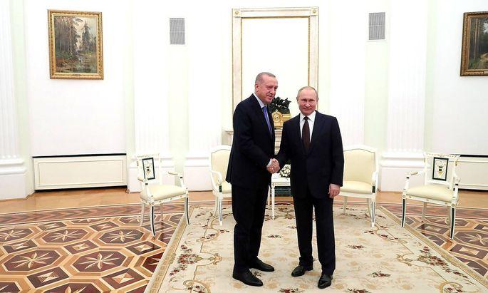 March 5, 2020. - Russia, Moscow. - Turkey s President Recep Tayyip Erdogan (left) and Russia s President Vladimir Putin