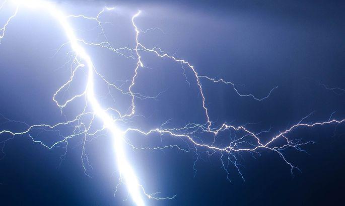 Nicht selten schlägt ein Blitz drei- oder viermal am selben Punkt ein.