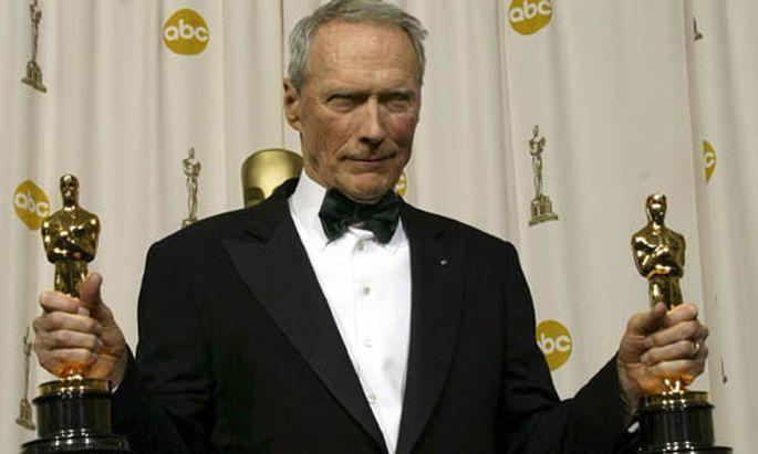 Clint Eastwood Mann geht