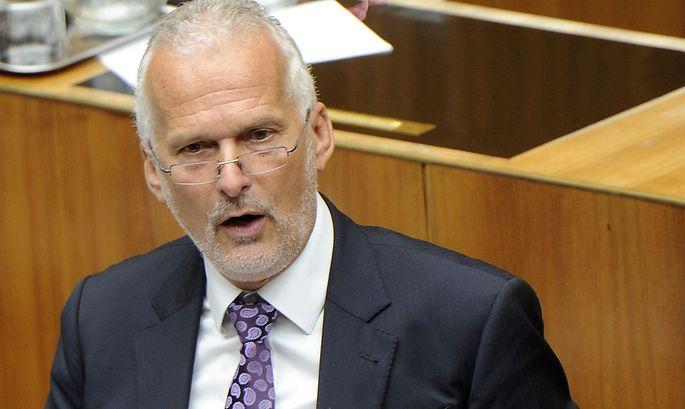 Moser verabschiedet sich mit Reform-Appell