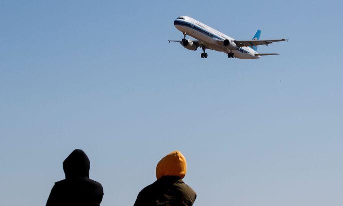 China Southern kämpft wie viele Airlines weltweit um Passagiere - auch mit ungewöhnlichen Flatrate-Angeboten.