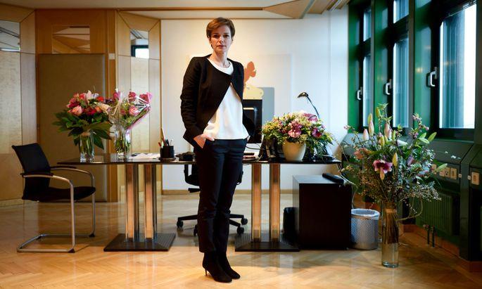 Pamela Rendi-Wagner in ihrem Büro.