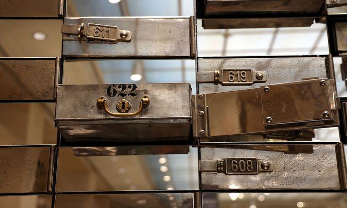 Bank - Bankschlie�fach - Safe Schlie�fach - Wertgegenst�nde sicher aufbewaren *** Bank safe deposit box Safe deposit box