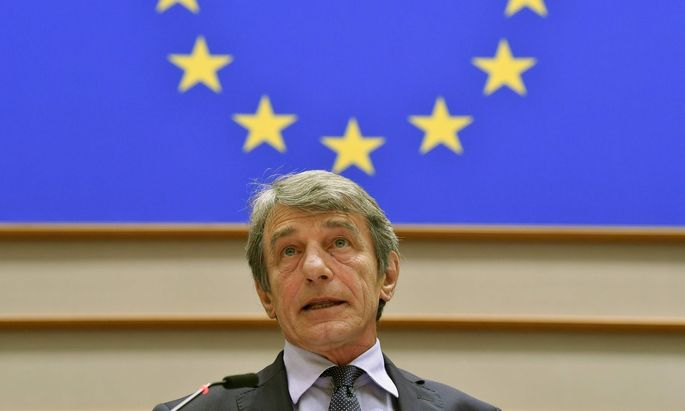 Was für die Europäische Kommission seit sechs Jahren Pflicht ist, empfinden fast zwei Drittel aller Europaabgeordneten offenkundig als inakzeptable Zumutung
