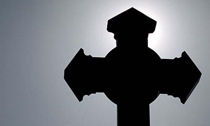 Missbrauchsopfer klagen Vatikan Haag