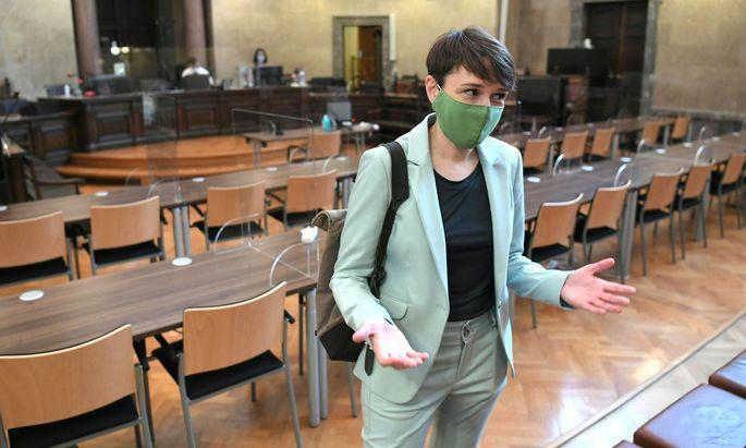 Sigrid Maurer am heutigen Prozesstag.