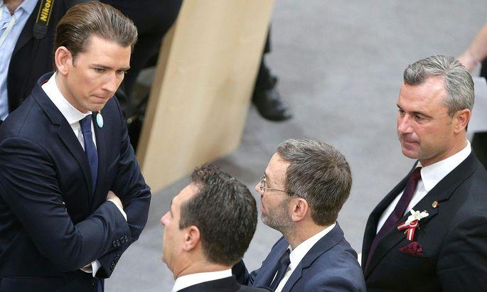 ÖVP-Chef Sebastian Kurz, FPÖ-Parteichef Heinz-Christian Strache, FPÖ-Generalsekretär Herbert Kickl und FPÖ-Vizeparteichef Norbert Hofer