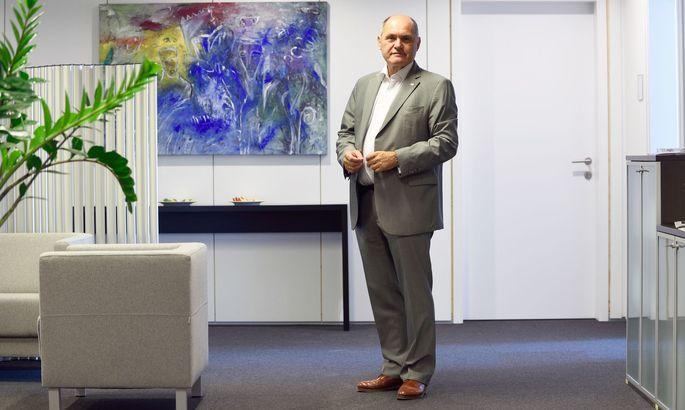Wolfgang Sobotka in seinem Büro im Ausweichquartier des Parlaments.