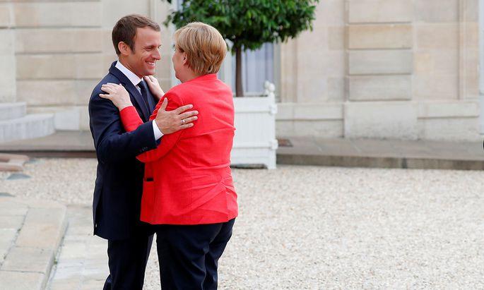 Macron empfing Merkel in Paris.