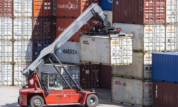 Die Nachricht vom Ableben der Globalisierung war stark übertrieben: Der Welthandel boomt wieder.