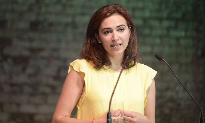 Bundeskongress der Gr�nen Alma Zadic Federal Congress of the Greens Alma Zadic Bundeskongress de