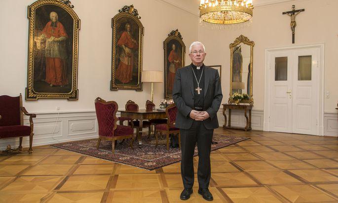 """Erzbischof Franz Lackner: """"Was ist da geschehen, in jener Krippe in Bethlehem? Das ist eine Frage, die man nie abschließend beantworten kann."""""""