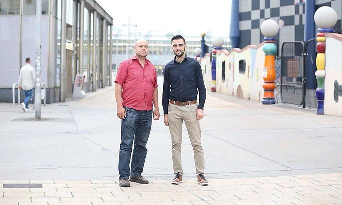 Saleh Yassin und Mohammed Hisham Hawat (v. l.) wollen sich noch immer selbstständig machen.