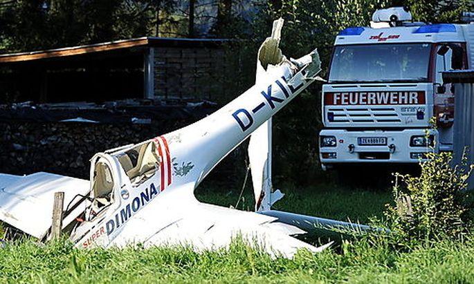 Vermutlich drei Tote nach Zusammenstoss zweier Flugzeuge in Oesterreich