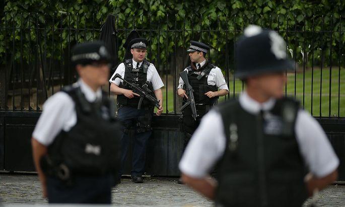 Polizisten in Manchester.